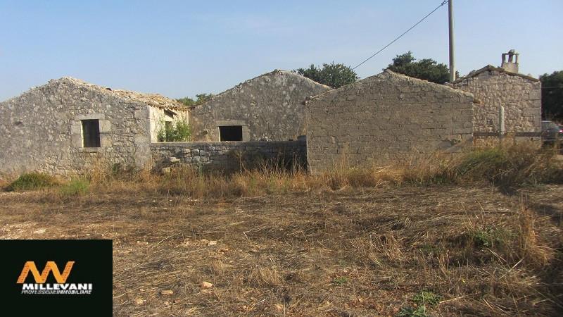 Rustico / Casale in vendita a Modica, 5 locali, prezzo € 100.000   Cambio Casa.it