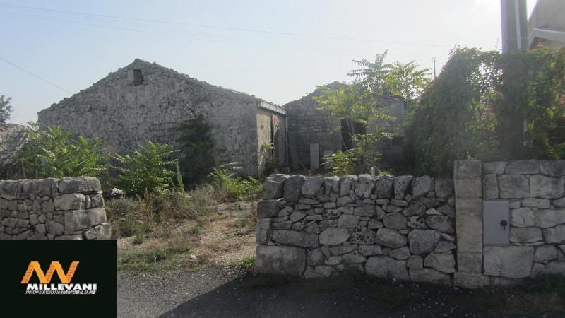 Rustico / Casale in vendita a Modica, 1 locali, prezzo € 100.000   Cambio Casa.it