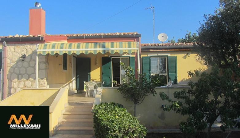 Villa in vendita a Scicli, 6 locali, prezzo € 225.000 | Cambio Casa.it