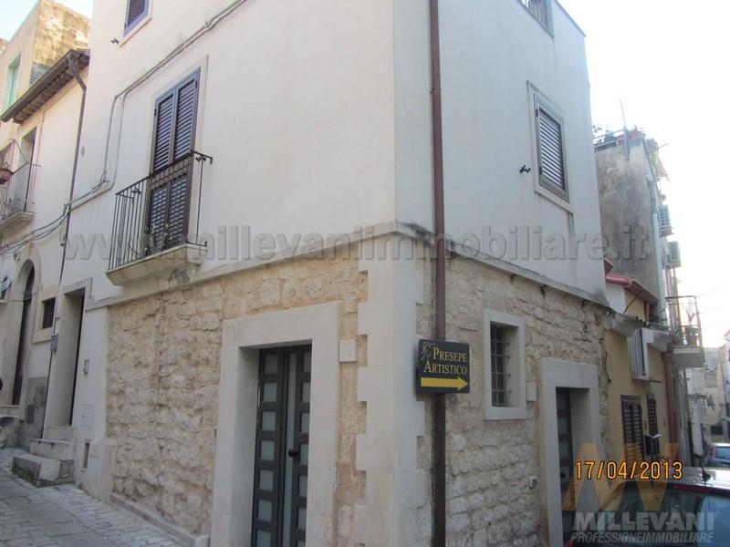 Soluzione Indipendente in vendita a Scicli, 2 locali, zona Località: SanMatteo, prezzo € 115.000 | Cambio Casa.it