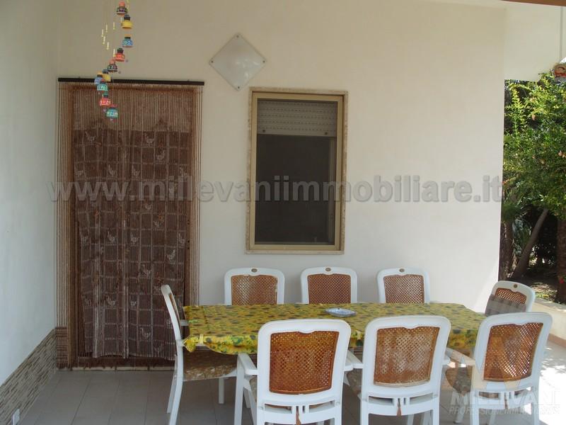 Villa in vendita a Santa Croce Camerina, 4 locali, zona Località: PuntaBraccetto, prezzo € 180.000 | Cambio Casa.it