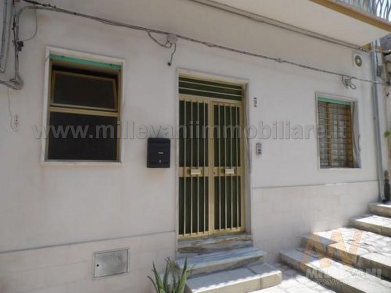 Soluzione Indipendente in vendita a Scicli, 5 locali, zona Località: SanGiuseppe, prezzo € 95.000 | Cambio Casa.it