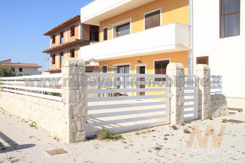 Appartamento in vendita a Scicli, 5 locali, zona Località: C.daZagarone, prezzo € 180.000 | Cambio Casa.it