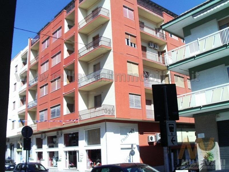 Appartamento in vendita a Pozzallo, 6 locali, Trattative riservate | Cambio Casa.it