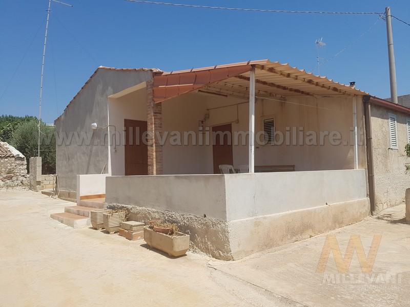 Soluzione Indipendente in vendita a Modica, 5 locali, prezzo € 120.000 | Cambio Casa.it