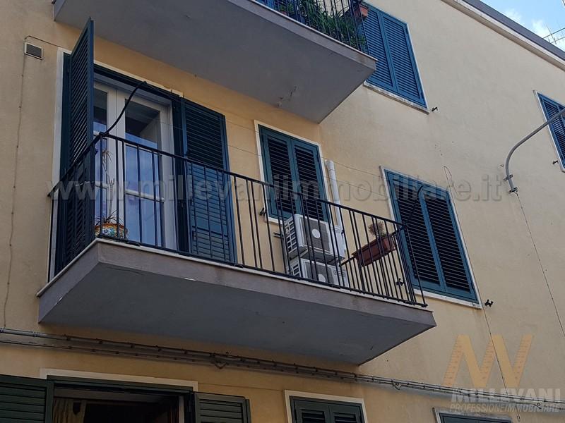 Appartamento in vendita a Scicli, 4 locali, prezzo € 95.000 | Cambio Casa.it