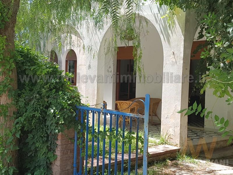 Villa in vendita a Modica, 5 locali, zona Località: MarinadiModica, prezzo € 350.000 | Cambio Casa.it