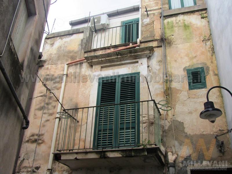 Appartamento in vendita a Scicli, 4 locali, prezzo € 85.000 | Cambio Casa.it