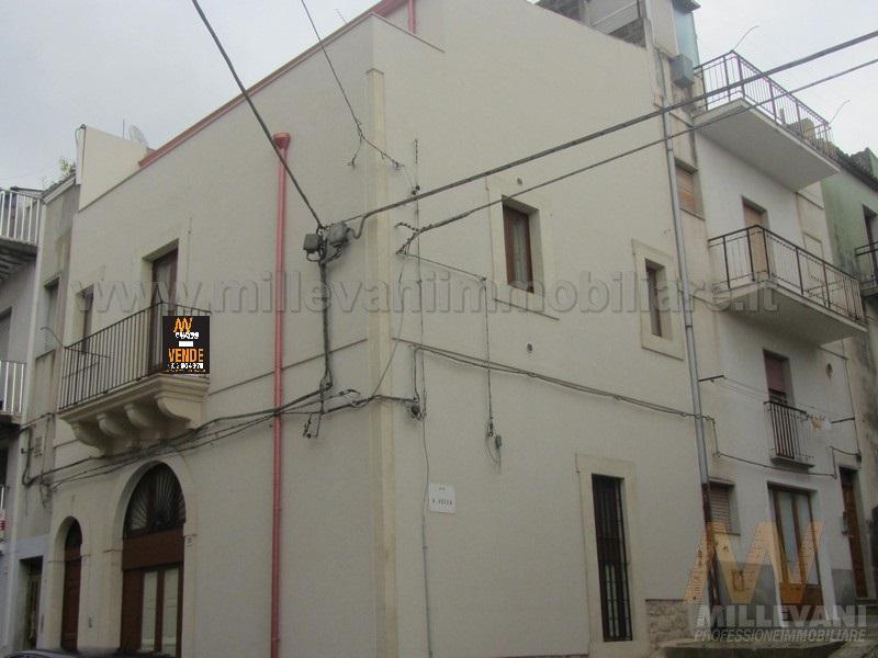 Soluzione Indipendente in vendita a Scicli, 4 locali, prezzo € 180.000 | Cambio Casa.it