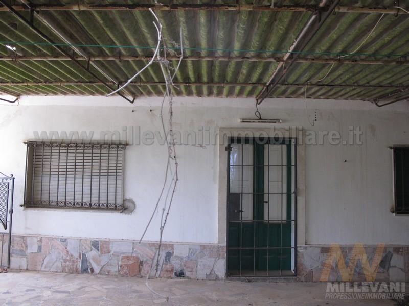 Soluzione Indipendente in vendita a Scicli, 4 locali, zona Località: CavadAliga, prezzo € 65.000 | Cambio Casa.it