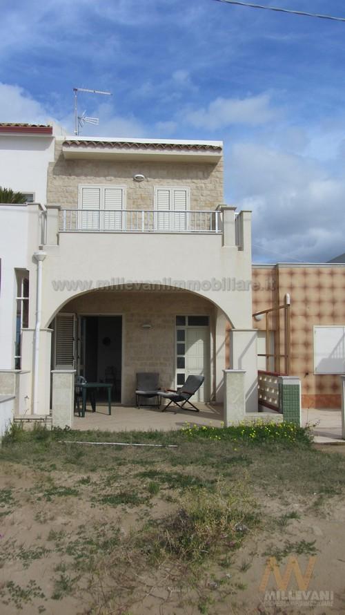 Soluzione Indipendente in vendita a Scicli, 8 locali, zona Zona: Donnalucata, prezzo € 500.000 | Cambio Casa.it