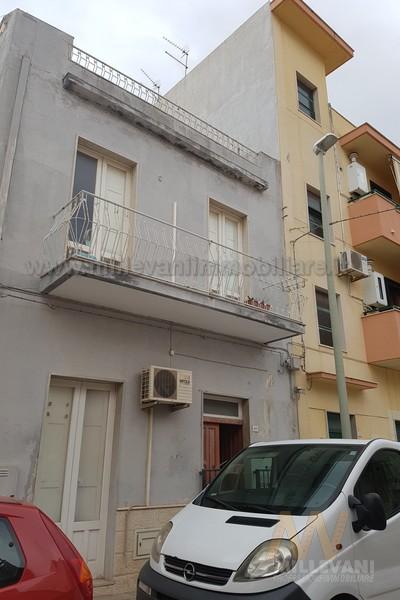Soluzione Indipendente in vendita a Pozzallo, 5 locali, prezzo € 90.000 | Cambio Casa.it