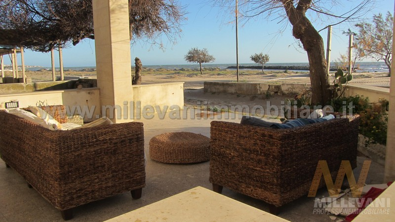 Appartamento in vendita a Scicli, 7 locali, zona Zona: Donnalucata, prezzo € 300.000 | Cambio Casa.it