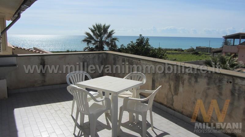 Appartamento in vendita a Modica, 3 locali, zona Località: Maganuco, prezzo € 95.000 | Cambio Casa.it