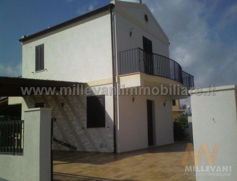 Villa in vendita a Scicli, 4 locali, zona Zona: Sampieri, prezzo € 250.000 | Cambio Casa.it