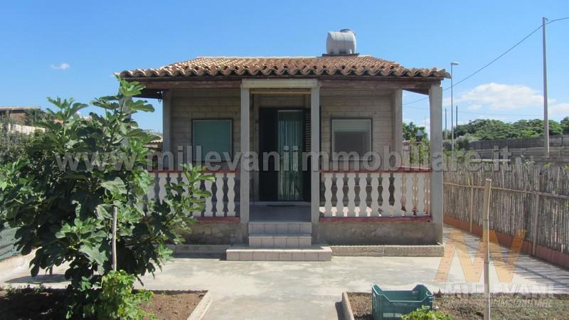 Soluzione Indipendente in vendita a Scicli, 4 locali, zona Zona: Donnalucata, prezzo € 100.000 | Cambio Casa.it