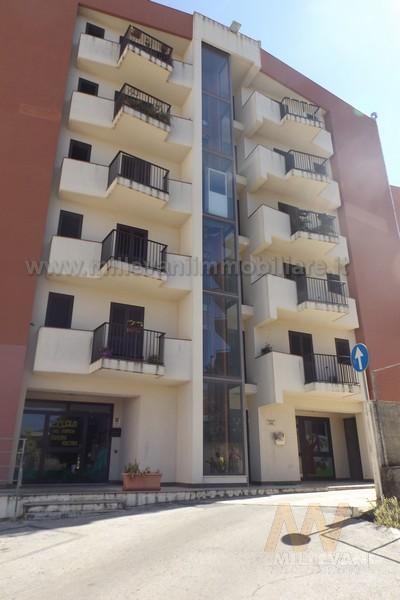 Appartamento in vendita a Modica, 5 locali, zona Località: ModicaSorda, prezzo € 118.000 | Cambio Casa.it