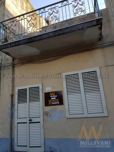 Soluzione Indipendente in vendita a Scicli, 3 locali, zona Zona: Donnalucata, prezzo € 95.000 | Cambio Casa.it