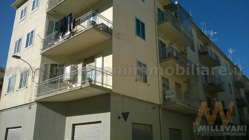 Appartamento in vendita a Scicli, 5 locali, prezzo € 150.000 | Cambio Casa.it