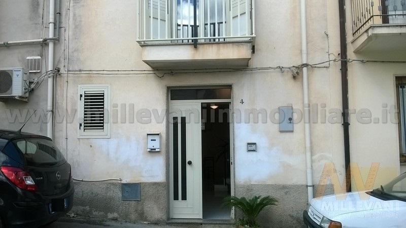 Soluzione Indipendente in vendita a Scicli, 5 locali, prezzo € 90.000 | Cambio Casa.it