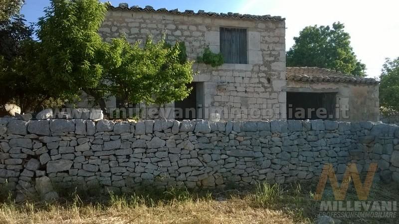 Rustico / Casale in vendita a Scicli, 5 locali, zona Località: SanGiovanniLoPirato, prezzo € 110.000 | Cambio Casa.it