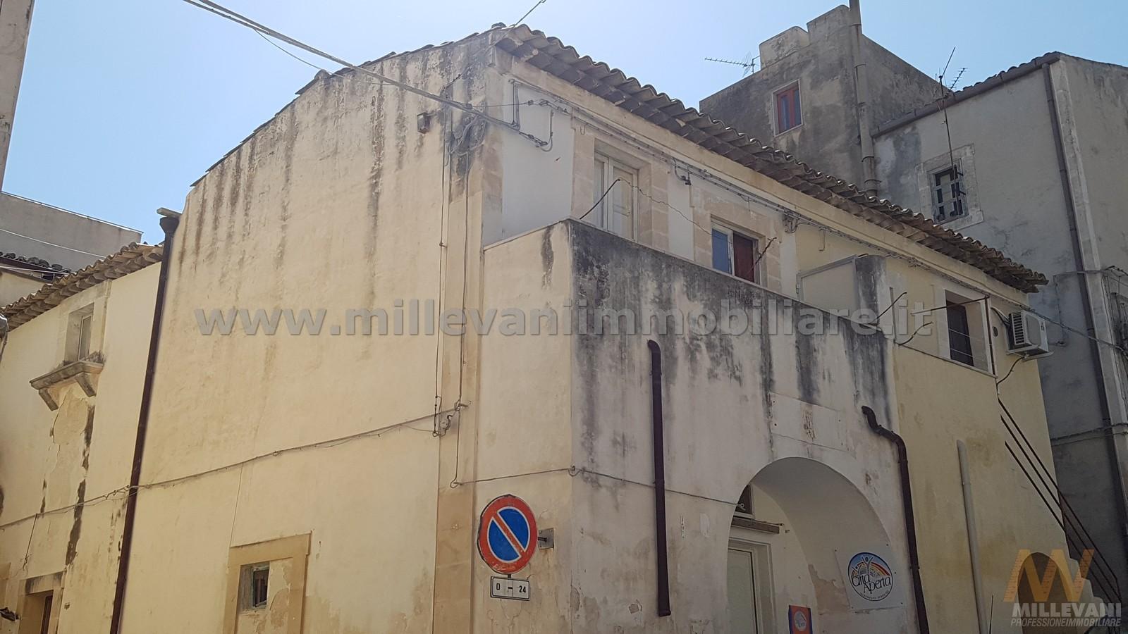 Soluzione Indipendente in vendita a Scicli, 3 locali, zona Zona: Scicli, prezzo € 90.000 | Cambio Casa.it