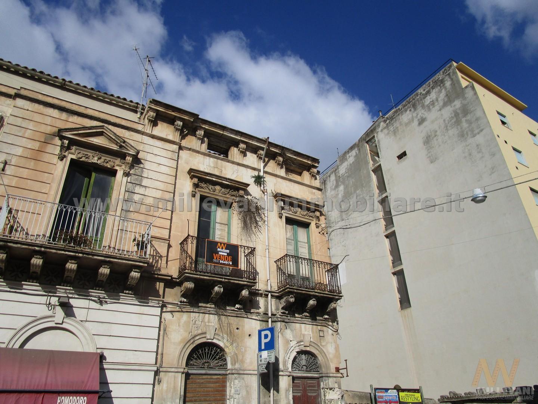 Albergo in vendita a Scicli, 6 locali, zona Zona: Scicli, prezzo € 150.000   CambioCasa.it