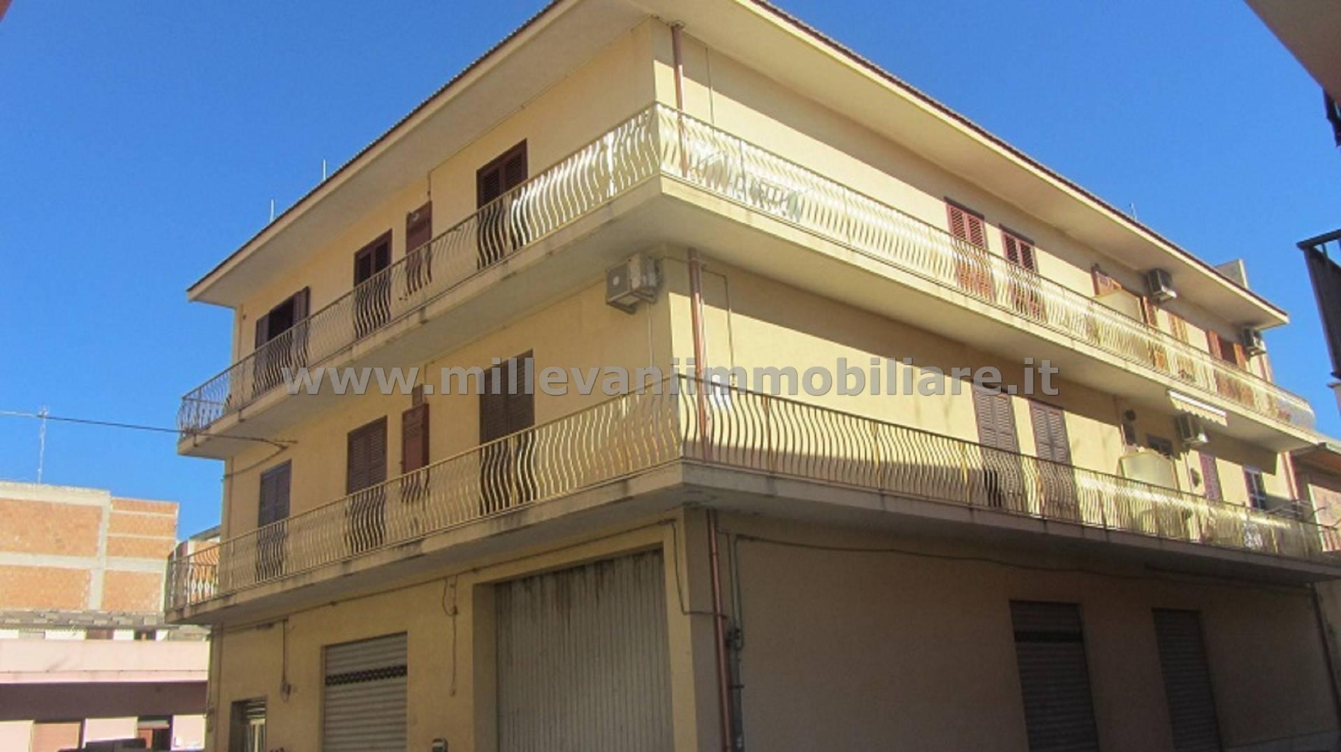 vendita appartamento pozzallo san paolo  125000 euro  6 locali  120 mq
