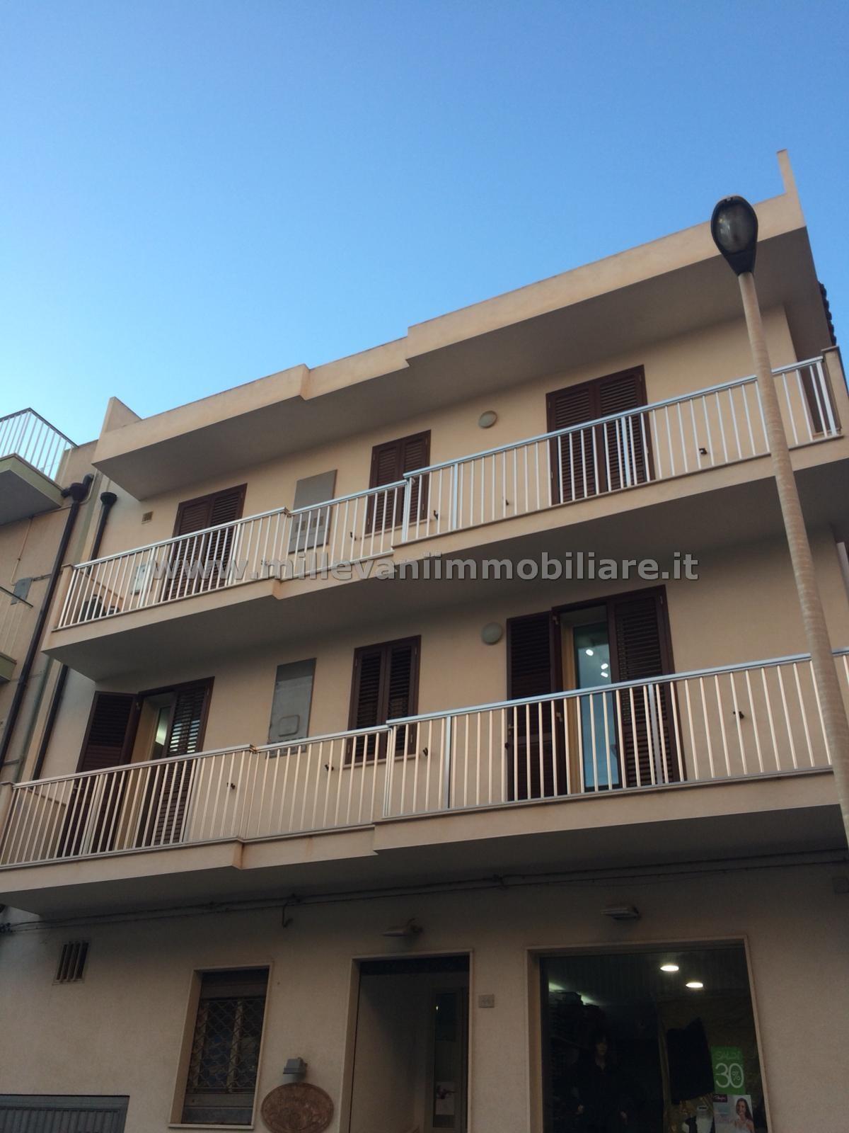 Appartamento in vendita a Pozzallo, 2 locali, zona Località: Centro, prezzo € 80.000 | CambioCasa.it