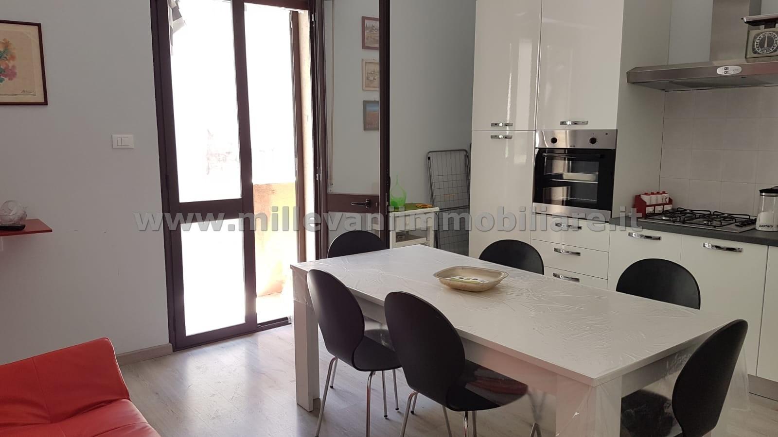 Appartamento in vendita a Pozzallo, 3 locali, zona Località: Centro, prezzo € 85.000 | CambioCasa.it