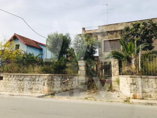 Villa in vendita a Pozzallo, 5 locali, prezzo € 170.000 | CambioCasa.it