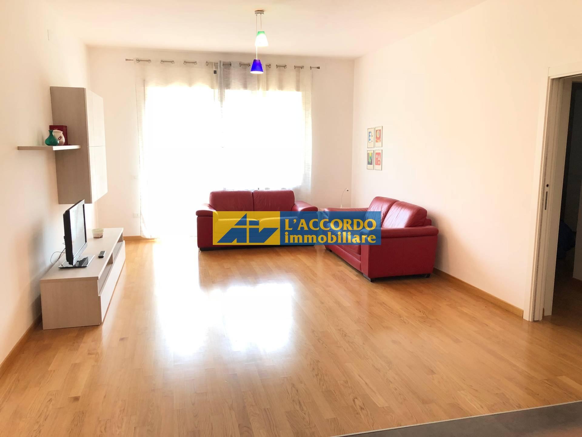 affitto appartamento chieti   500 euro  5 locali  80 mq