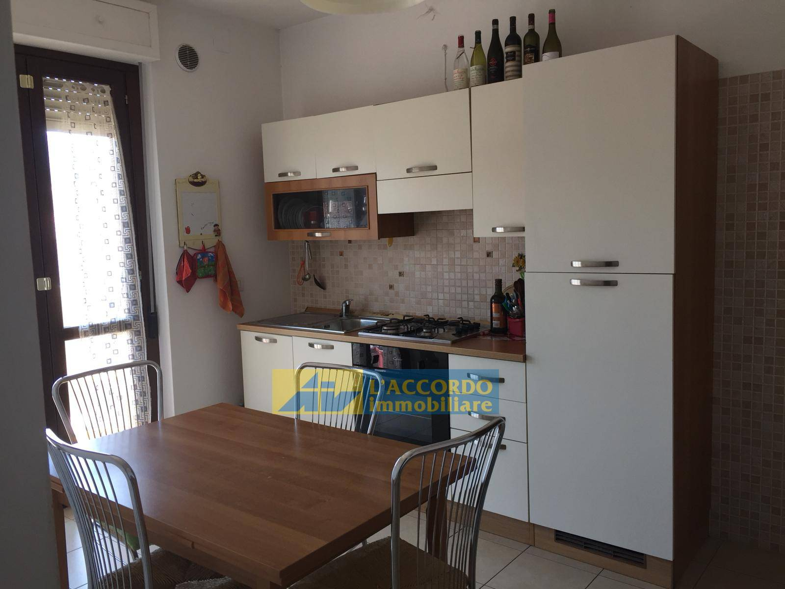 Appartamento in affitto a Chieti, 6 locali, zona Località: MadonnadellePiane, prezzo € 240   CambioCasa.it