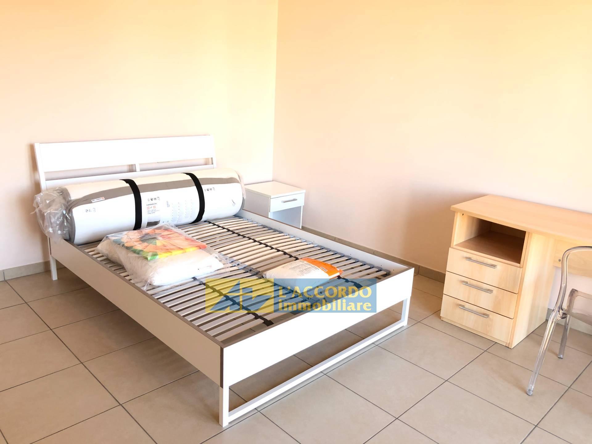 Appartamento in affitto a Chieti, 5 locali, zona Località: MadonnadellePiane, prezzo € 250   CambioCasa.it