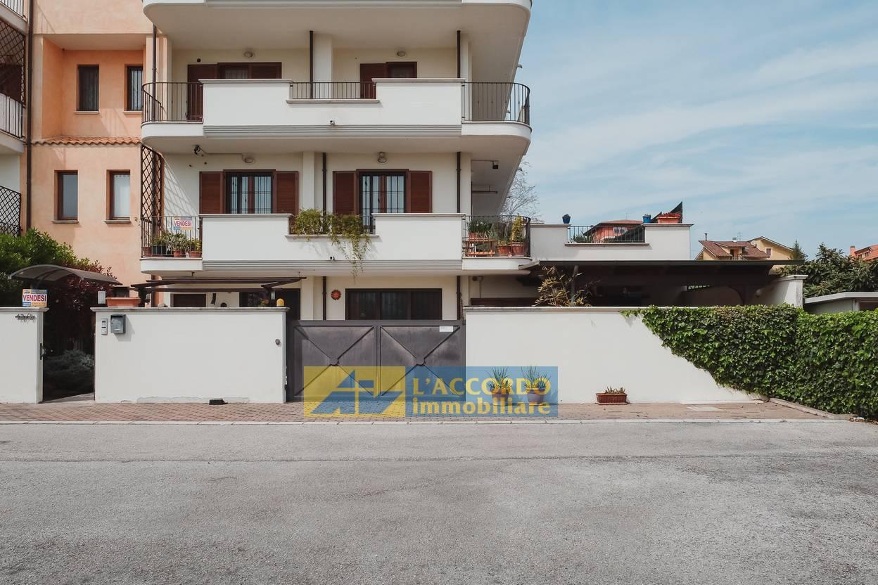 Villetta a schiera in vendita a Villanova, Cepagatti (PE)