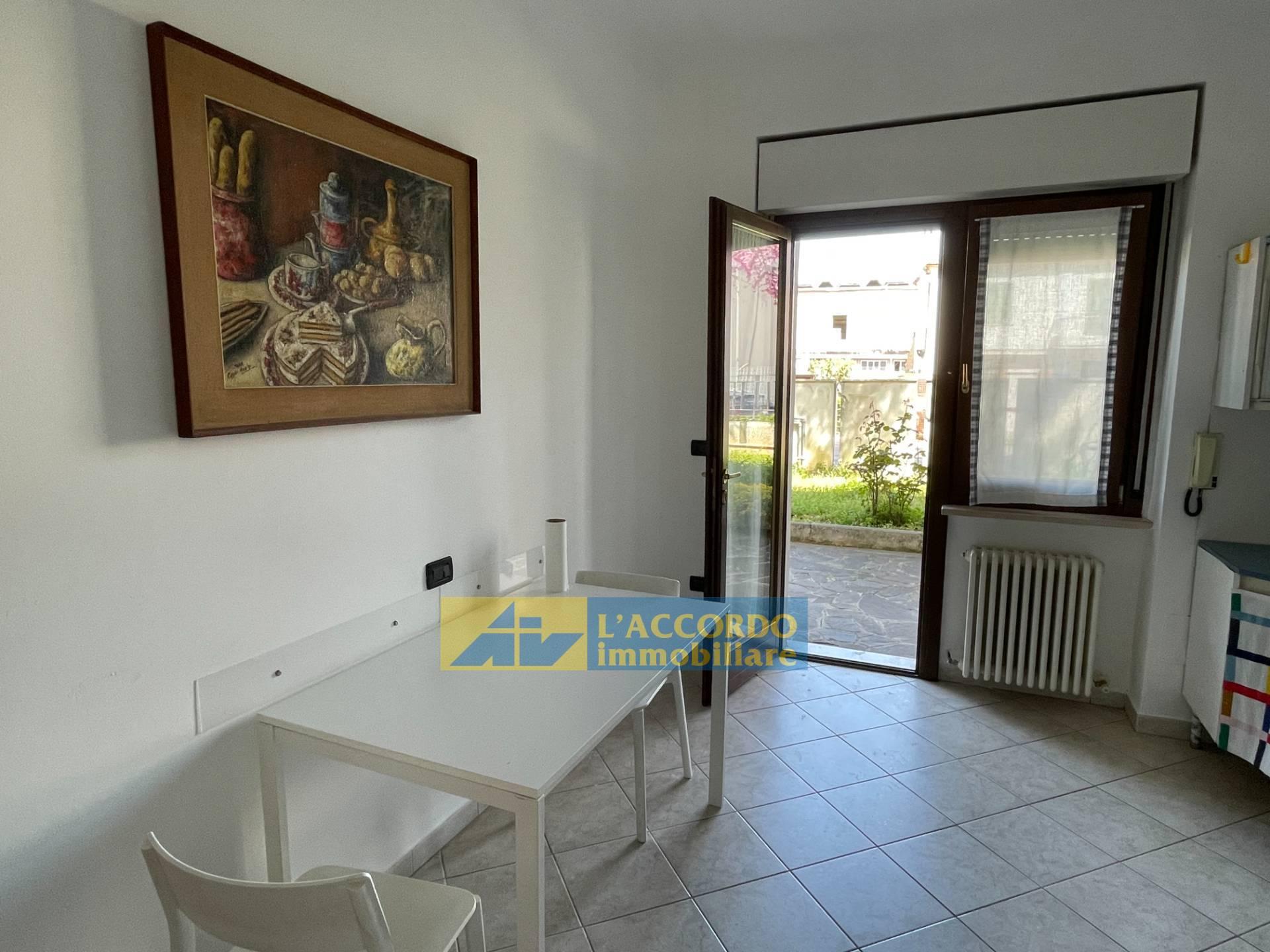 Appartamento in affitto a Chieti, 2 locali, zona Località: MadonnadellePiane, prezzo € 380   CambioCasa.it