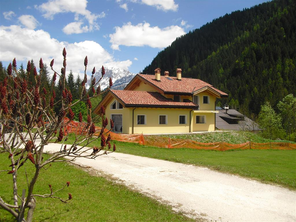 Villa in Vendita a Falcade