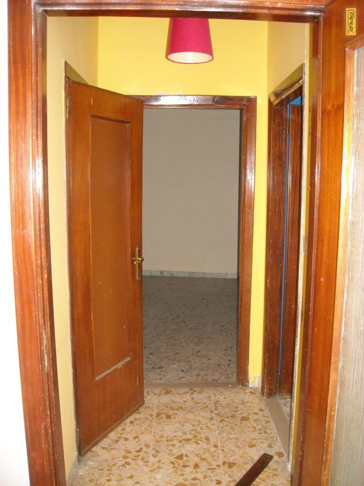 Appartamento in affitto a Napoli, 3 locali, zona Zona: 9 . Soccavo, Pianura, prezzo € 650 | Cambio Casa.it