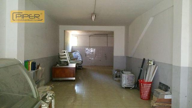 Negozio / Locale in vendita a Napoli, 9999 locali, zona Zona: 9 . Soccavo, Pianura, prezzo € 120.000 | Cambio Casa.it