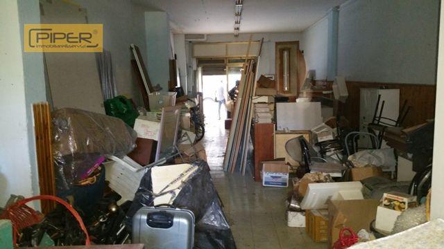 Negozio / Locale in vendita a Napoli, 9999 locali, zona Zona: 9 . Soccavo, Pianura, prezzo € 110.000 | Cambio Casa.it