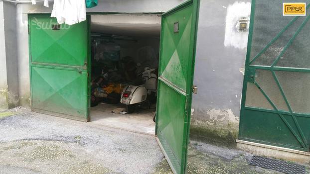 Box / Garage in vendita a Napoli, 1 locali, zona Località: Vomero, prezzo € 100.000 | Cambio Casa.it