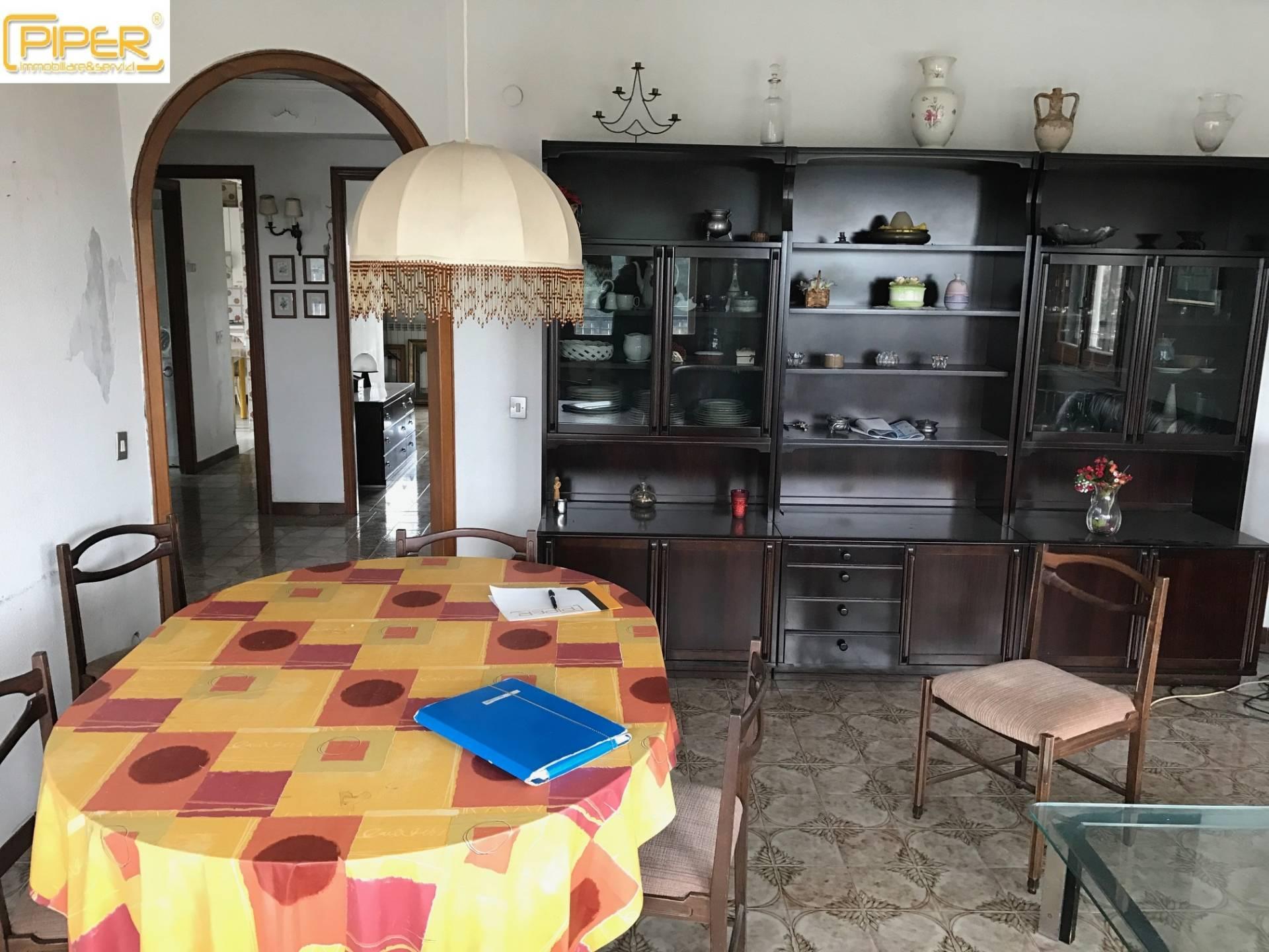 Appartamento napoli vendita 100 mq riscaldamento - Divauto via emilio scaglione ...