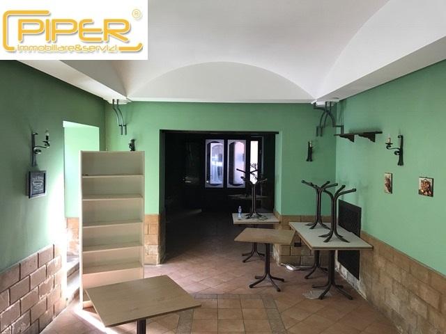 Negozio / Locale in Vendita a Pozzuoli