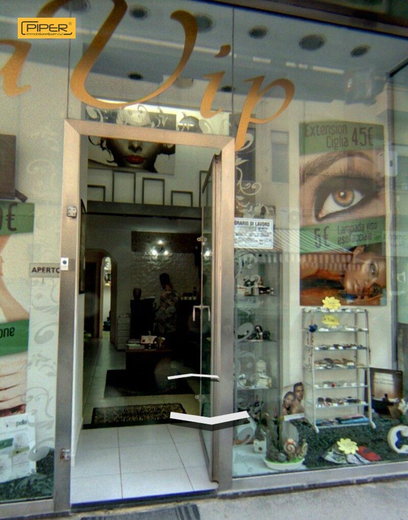 Attività / Licenza in affitto a Napoli, 9999 locali, zona Zona: 10 . Bagnoli, Fuorigrotta, Agnano, prezzo € 30.000   Cambio Casa.it