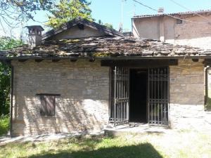 Rustico in Affitto a Serramazzoni