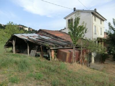 Rustico in Vendita a Serramazzoni