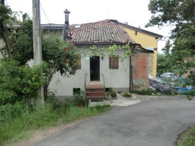 Casa con terreno agricolo in Vendita a Prignano sulla Secchia
