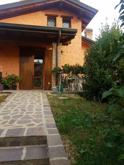 Villetta a schiera in Affitto a Serramazzoni