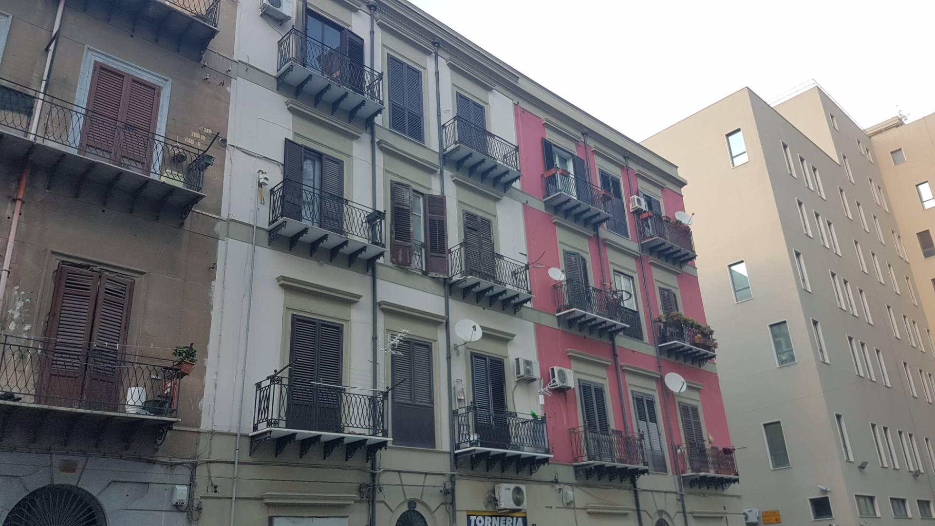 Appartamento in vendita a Palermo, 2 locali, zona Località: Porto, prezzo € 75.000 | Cambio Casa.it