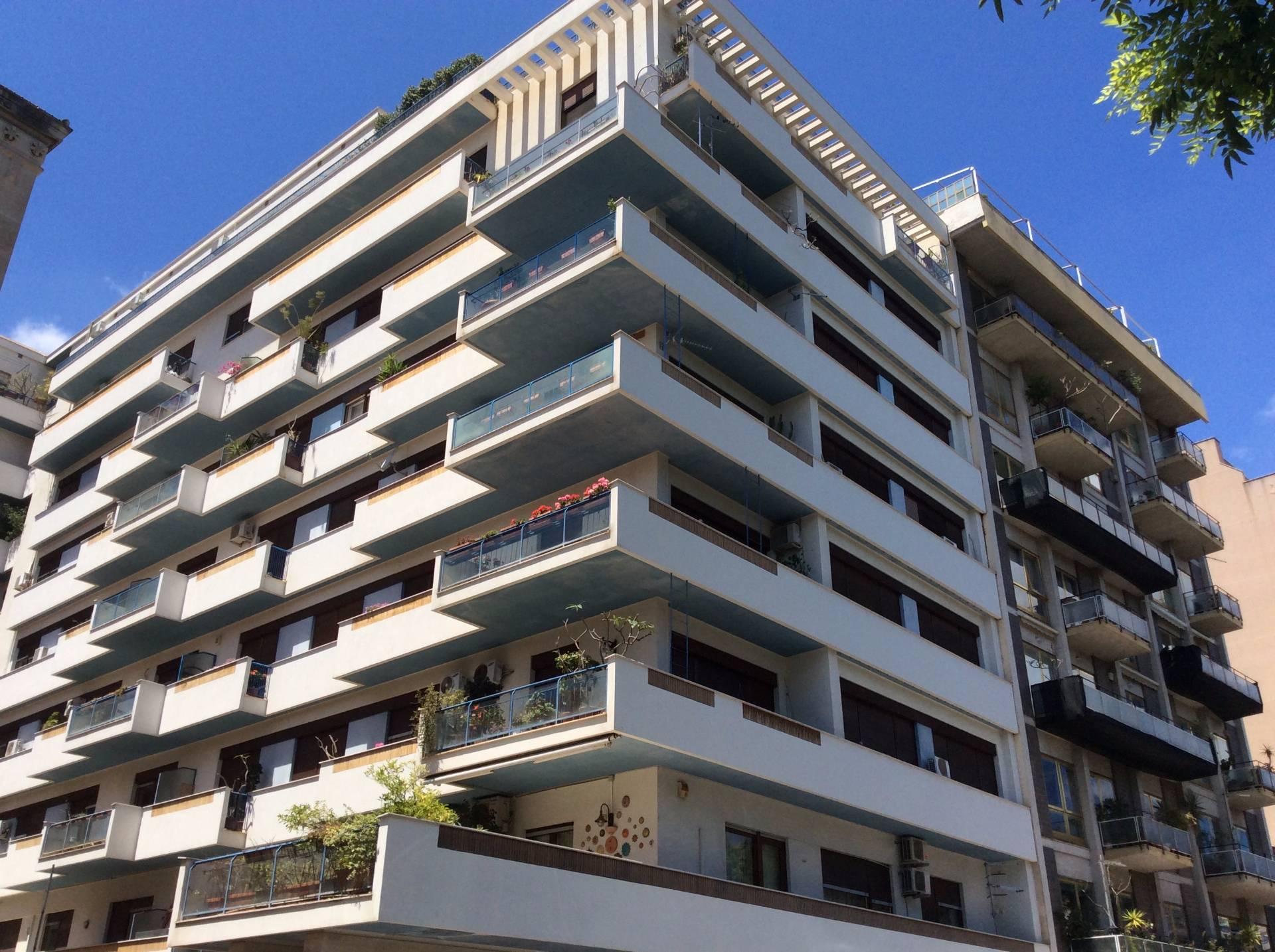 Appartamento in vendita a Palermo, 6 locali, zona Zona: Libertà, prezzo € 450.000 | Cambio Casa.it